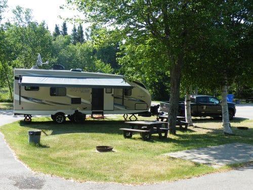 Essipit - Terrain au camping le Tipi