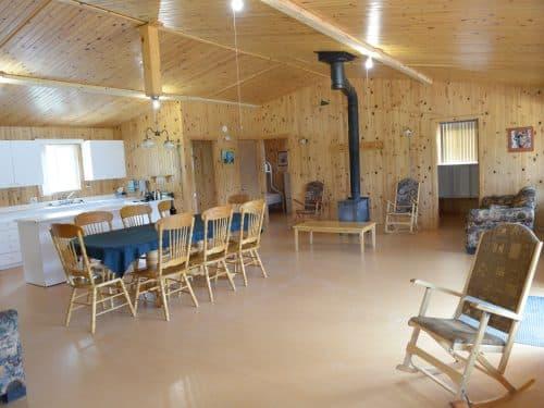 Essipit - Intérieur d'un chalet du Domaine sportif du Lac Loup